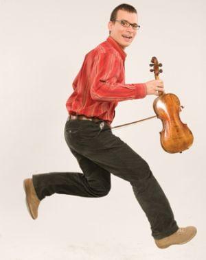 Cum se apropie romanul de Stradivarius?