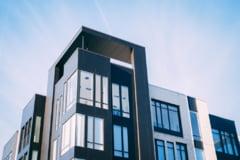 Cum se calculează impozitul în funcție de suprafața construită. Media spațiului util din locuințe, la cel mai mic nivel din ultimii 20 de ani