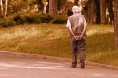 Cum se recupereaza banii din pensii in urma unor erori materiale. Iohannis a promulgat legea