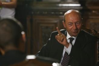 Cum si-a asmutit Basescu poporul pe Arafat (Opinii)