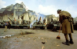 "Cum sunt furati banii eroilor Revolutiei din Decembrie 1989. Infractorii si colaboratorii Securitatii, ""capuse"" imposibil de eliminat"