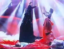 Cum va soca Cezar Ouatu la Eurovision - pericol de plagiat... vestimentar (Video)