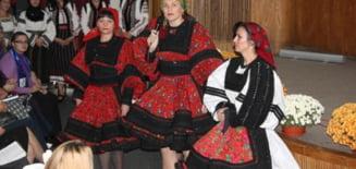 Cum vor sa promoveze femeile din PDL portul popular romanesc