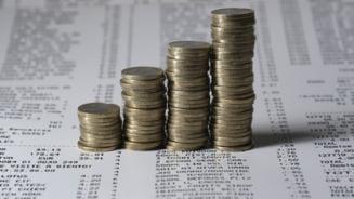 Cum vrea PSD sa dubleze salariul minim, prin lege. Fostul partid de guvernamant are in plan sa speculeze discutii purtate la varful UE