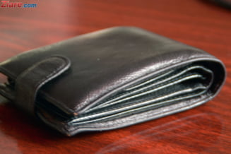 Cum vrea o tara dezvoltata sa renunte total la monede: Restul se va da pe cartele prepay