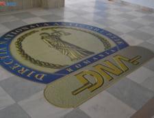 Cumnatul lui Sebastian Ghita si directorul Teamnet au fost retinuti de DNA