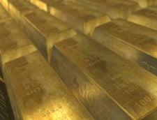 Curs valutar: Euro si dolarul cresc. Aurul n-a mai fost asa scump de patru luni