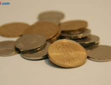 Curs valutar: Leul incepe saptamana cu stangul. Euro creste, iar dolarul sare de 4 lei