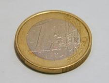 "Curs valutar: Leul incheie saptamana doborat de urmarile ""revolutiei fiscale"""