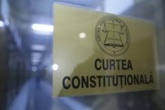 Curtea Constitutionala: Modificarile aduse legii salarizarii sunt neconstitutionale