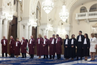 Curtea Constitutionala se asteapta la o noua suspendare? (Opinii)