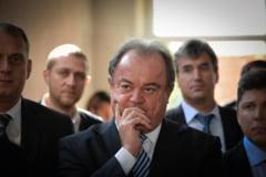 Curtea de Apel Bucuresti desfiinteaza achitarea primita de Vasile Blaga, acuzat de trafic de influenta. Intregul proces se va rejudeca de la zero