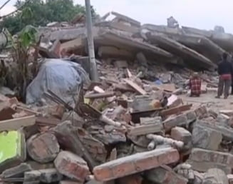 Cutremur devastator in Nepal: Noi informatii despre romanii aflati in zona