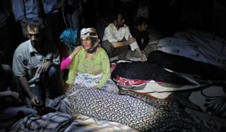Cutremure in Iran - Bilantul mortilor a ajuns la 250 (Video)