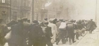 "DAMBOVITA: ""Priviri in trecut: Holocaustul"", eveniment emotionant la Biblioteca Judeteana"
