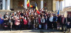 DAMBOVITA: La multi ani, Romania! Momente emotionante in comuna Gura ocnitei