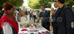 DAMBOVITA: Targul mesterilor populari organizat la Targoviste, o istorie vie a traditiilor romanesti