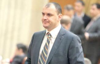 DEMISIE SPECTACULOASA. Ghita nu se mai intoarce in PSD pana cand nu pleaca Ion Iliescu
