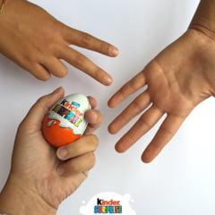 DIICOT a clasat dosarul minorilor folositi la ambalarea jucariilor din ouale Kinder