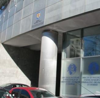 DIICOT a deschis o ancheta dupa reportajul despre copiii romani care asambleaza jucarii din ouale Kinder
