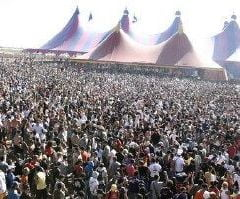 DJi romani prezenti la un festival in desertul spaniol