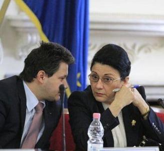 DNA ancheteaza un contract semnat de Ecaterina Andronescu la Ministerul Educatiei