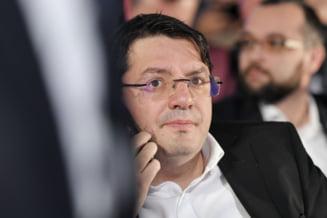 DNA cere ridicarea imunitatii deputatului Nicolae Banicioiu. Fostul ministru al Sanatatii este acuzat ca ar fi luat spaga 4 milioane de lei
