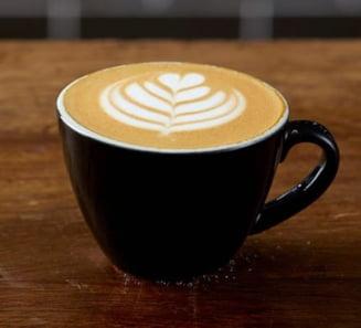 Dacă bei prea multă cafea, crește riscul îmbolnăvirii de demență. Câte cești pe zi sunt periculoase VIDEO