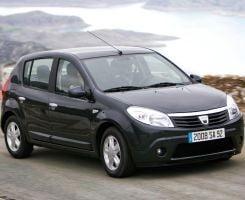 "Dacia Sandero, nominalizata la premiul ""Car of the Year 2009"""