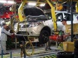 Dacia opreste productia de la Mioveni timp de patru zile