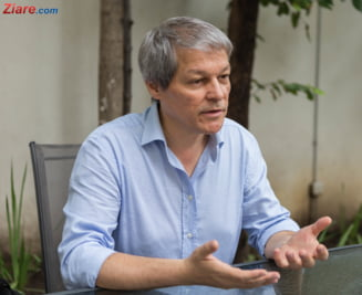 Dacian Ciolos: E prioritar ca oamenii sa stie compozitia substantelor folosite de jandarmi la protestul din 10 august