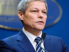 Dacian Ciolos: PSD isi devoreaza propriul guvern, mistuit in eterna patima a luptei pentru putere