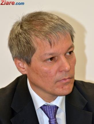 Dacian Ciolos, ministru interimar al Sanatatii