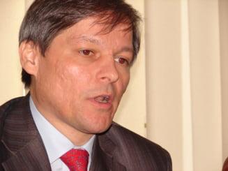 Dacian Ciolos ameninta Romania cu blocarea fondurilor UE