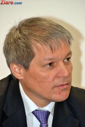 Dacian Ciolos nu participa doar la actiunile PNL. Va merge si la un eveniment al USR