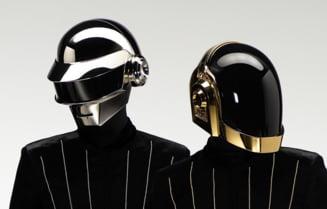 Daft Punk isi incheie activitatea. Unul dintre cele mai cunoscute grupuri muzicale din ultimii 30 de ani a facut anuntul printr-un videoclip