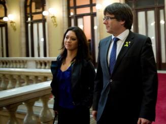 Daily Mail: Marcela Topor, sotia romanca a liderului catalan, nu stie daca-si va mai vedea sotul vreodata