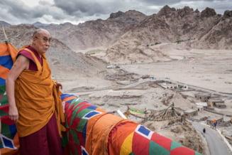 Dalai Lama, despre refugiati: Primiti-i, ajutati-i, educati-i, dar ei trebuie sa-si dezvolte propria tara in final