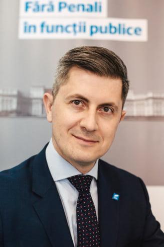 Dan Barna, dupa investirea Guvernului Orban: Dancila pleaca astazi, in sfarsit, de la Palatul Victoria. Dar pe 10 noiembrie ar putea primi inca o sansa