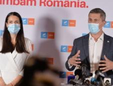 """Dan Barna ironizeaza """"referendumul PSD"""" din Sectorul 1: """"Firea nici nu sta in Bucuresti, dar este prima pe lista de semnaturi"""""""