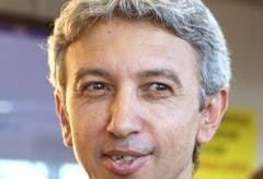 Dan Diaconescu e pe val: Astept telefoane de la Iohannis si Blaga