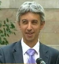 Dan Diaconescu si-a prezentat conturile din banci: Ponta sa plateasca salariile!