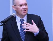 Dan Mihalache le cere partidelor sa o sustina pe Rovana Plumb pentru CE. Cei doi au lucrat impreuna pe vremea lui Nastase