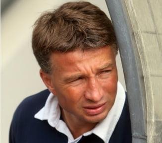 Dan Petrescu, micsorare radicala de salariu: cat va castiga la noua echipa