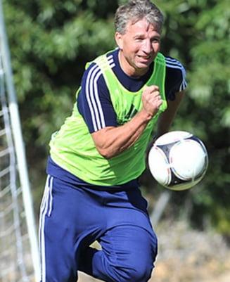 """Dan Petrescu are un fotbalist de clasa: """"N-am antrenat in viata mea asa un jucator"""""""