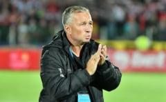 Dan Petrescu recunoaste ca nu i-a menajat pe jucatorii de la CFR la pauza meciului cu Clinceni: Cea mai dura reactie de cand sunt in fotbal