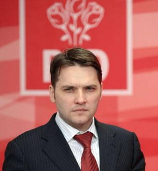 Dan Sova, urmarit penal in dosarul lui Hrebenciuc: Troc cu amnistia si sefia PSD