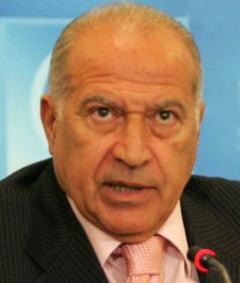 Dan Voiculescu: Il somez pe Basescu sa nu mai sfideze un popor care il detesta
