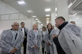 Dancila, Daea si Carmen Dan au inaugurat o cherhana la Tulcea, ca sa scape tara de sanctiunile din partea UE