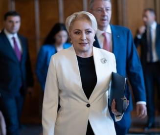 Dancila il acuza pe Iohannis de blat cu Tariceanu si ca are o problema cu bugetarii. UPDATE Ar vrea sa amane votul in Parlament